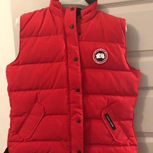 Canada Goose - freestyle vest size XL
